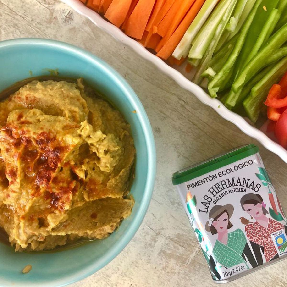 Hummus Travieso de Aguacate con Pimentón Ecológico