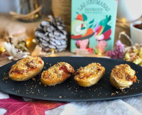 patatas rellenas con costra de pan al pimenton de la vera