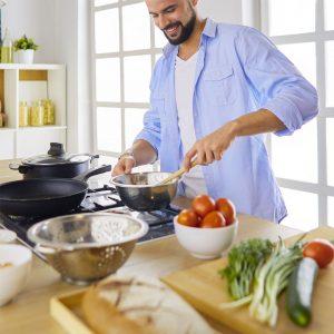 ventajas de cocinar en casa